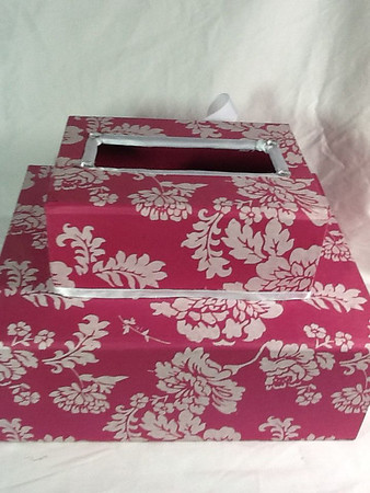 pink and white card box